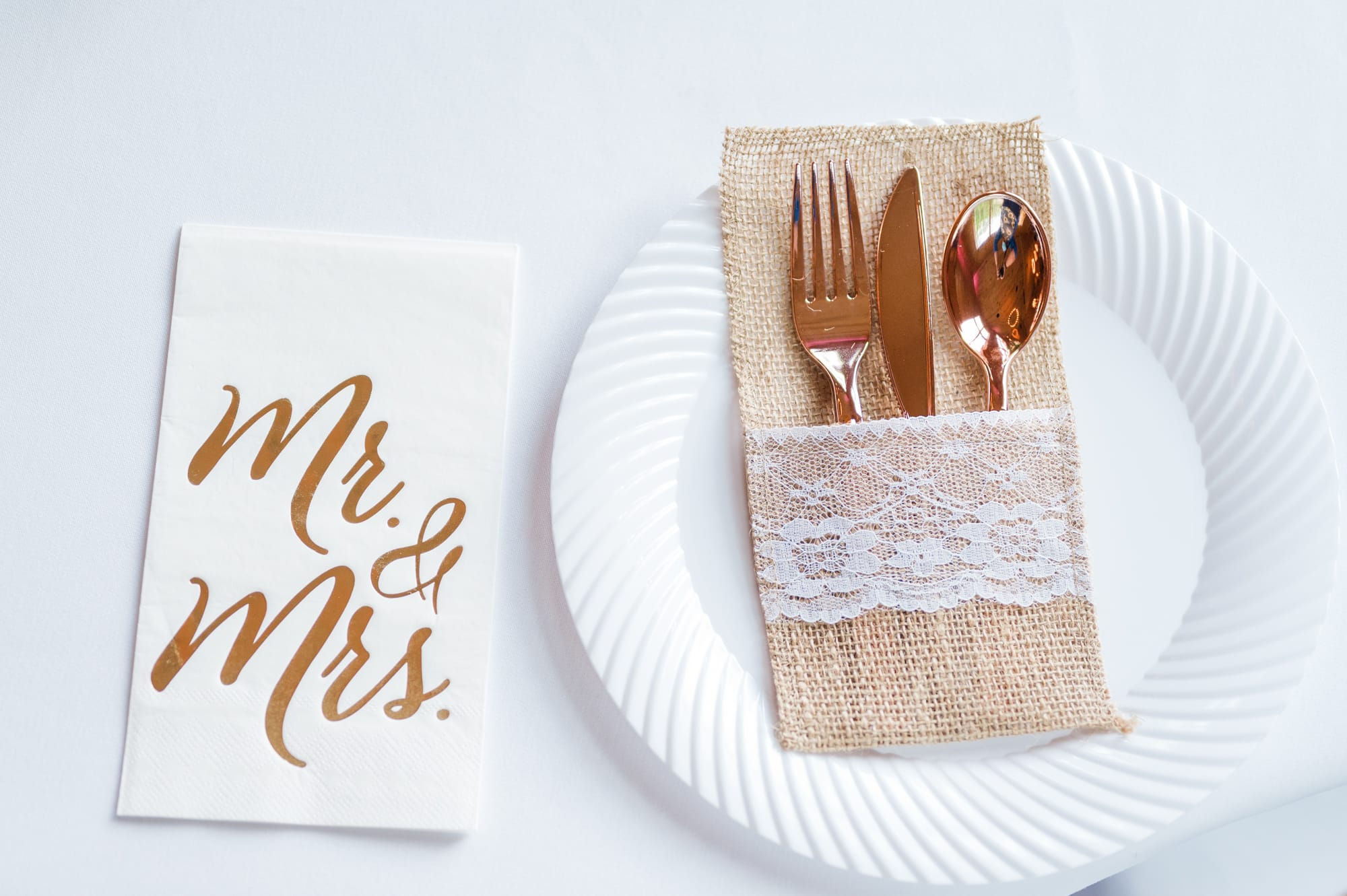 Table setting at Rolling Rails Lodge wedding reception