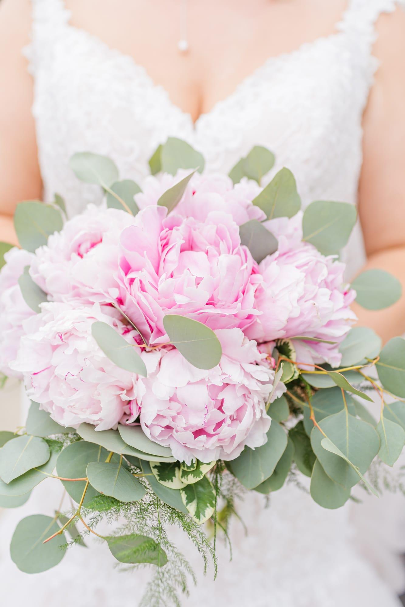 Central Pennsylvania PA summer wedding bridal bouquet