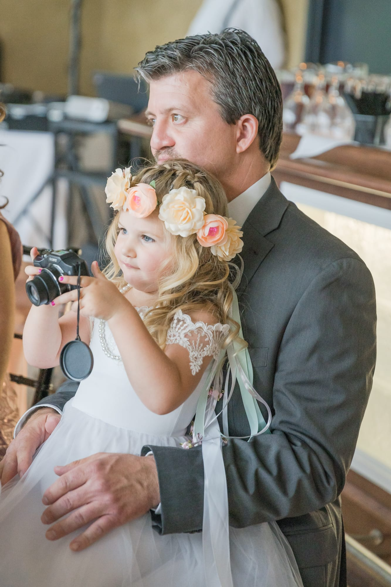 Central Pennsylvania PA summer wedding guest flower girl